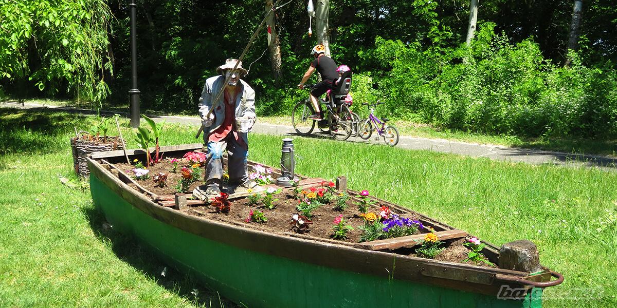 Balatoni kerékpárút - Balatonalmádi (csónak)